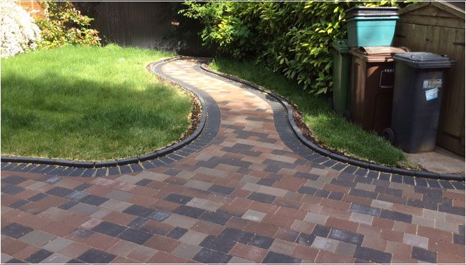 PageLines-Garden-Patio-Installations-Solihull.jpg